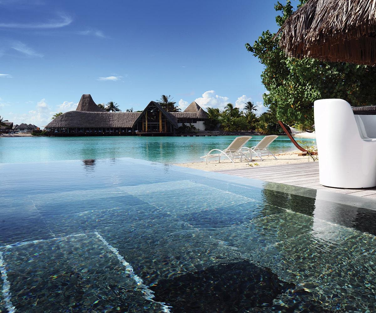 Le M 233 Ridien Bora Bora Hotel Book With E Tahiti Travel