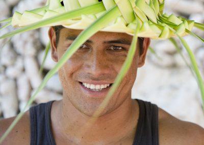 Chapeau tressé en feuille de cocotier