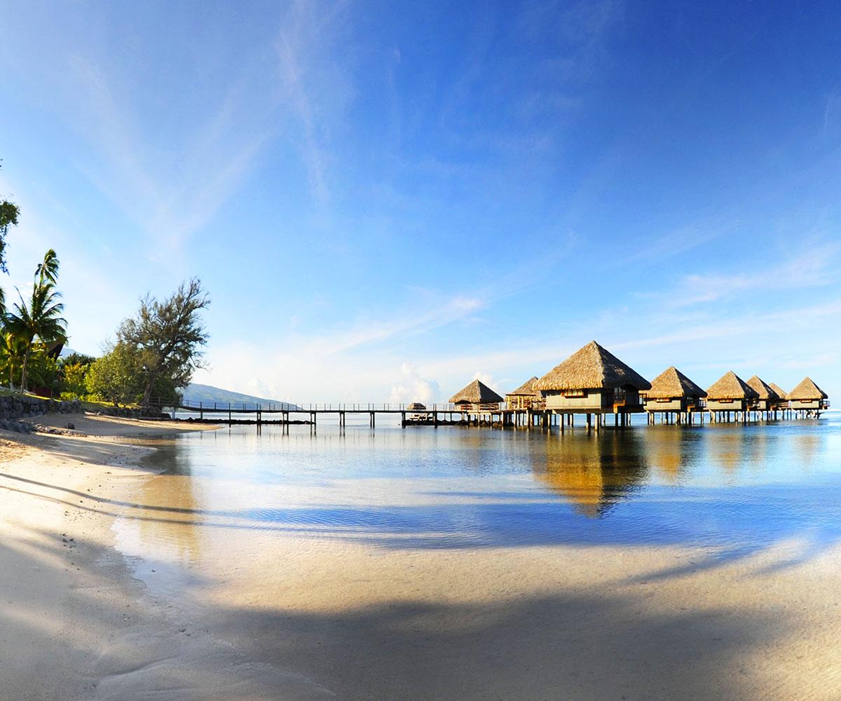 Tahiti Accommodation Over Water Bungalows: Tahiti, Moorea & Overwater Romance In Bora Bora