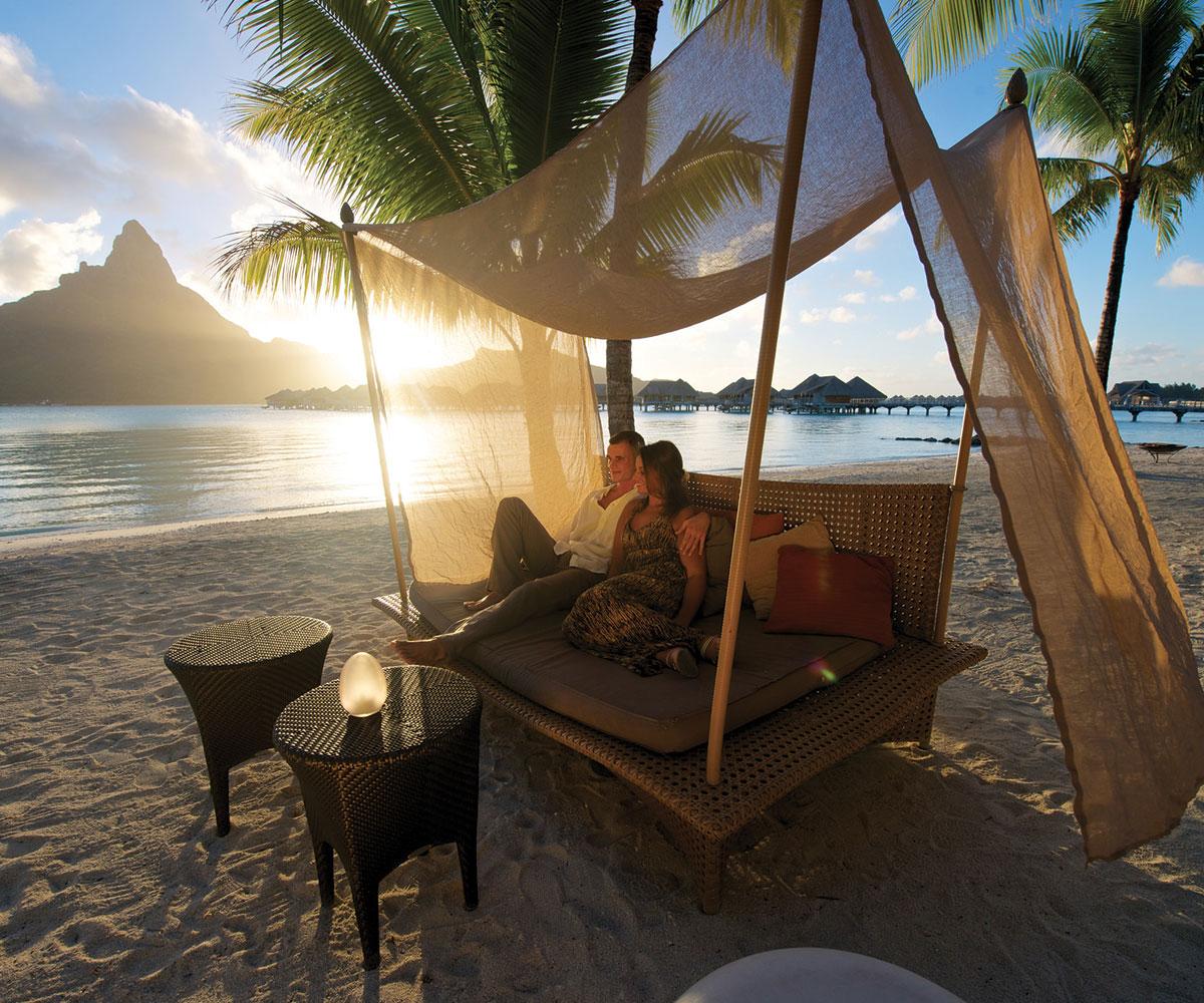 intercontinental bora bora resort thalasso spa e tahiti travel. Black Bedroom Furniture Sets. Home Design Ideas