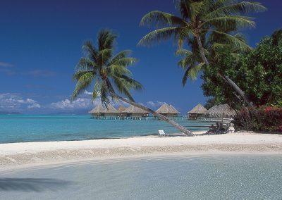 hotel-InterContinental-Bora-Bora-Le-Moana-Resort-e-tahiti-travel-plage