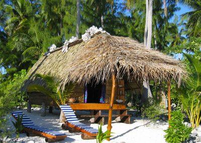 hotel-Pension-Raimiti-Fakarava-e-tahiti-travel-bungalow-plage