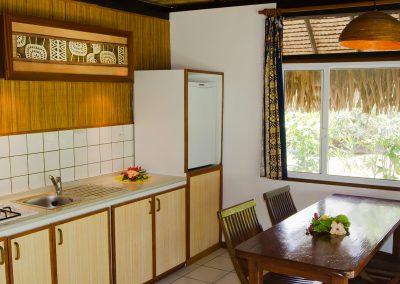 hotel-les-tipaniers-moorea-bungalow-e-tahiti-travel-bungalow