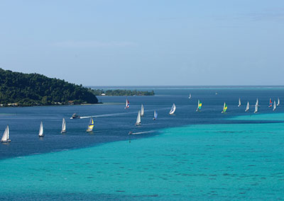 Sail in the Tahiti Pearl Regatta!