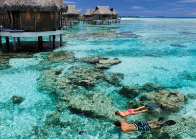 Snorkling à deux © Tikehau Pearl Beach Resort & SPA