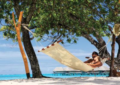 Détente au St-Régis Bora Bora © Hôtel St-Régis