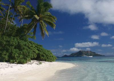 Plage de Mangareva © Tahiti Tourisme