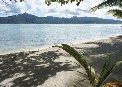 Vahine-Island-tahaa-e-tahiti-travel-plage