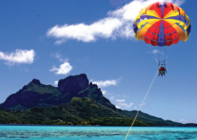 diapo2-excursion-parachute-ascensionnel-bora-e-tahiti-travel