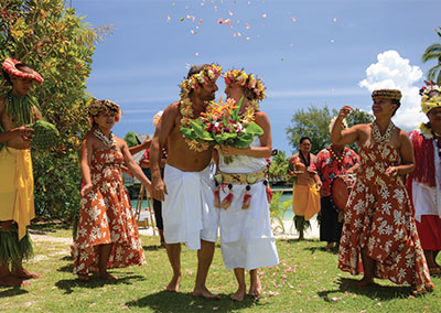 Polynesian Wedding by Intercontinental Moorea