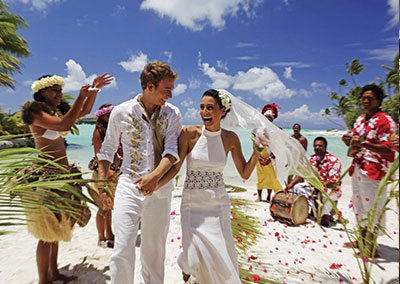 Polynesian Wedding by St Régis Bora Bora