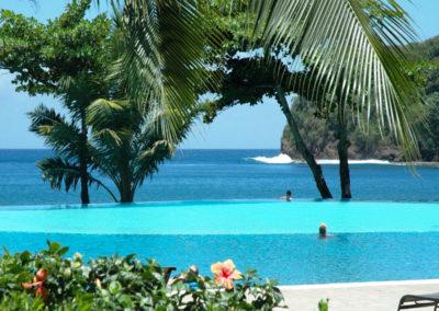 © Tahiti Pearl Beach