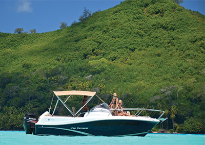 Private boat rental in Bora Bora
