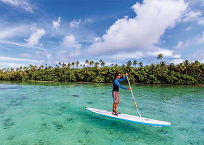 Stand up paddle excursion in Raiatea