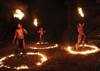 Polynesian show at the Tiki village Moorea