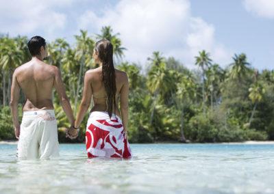 sejours-la-polynesie-au-coeur-des-traditions-danse-du-feu-moorea-motu-e-tahiti-travel