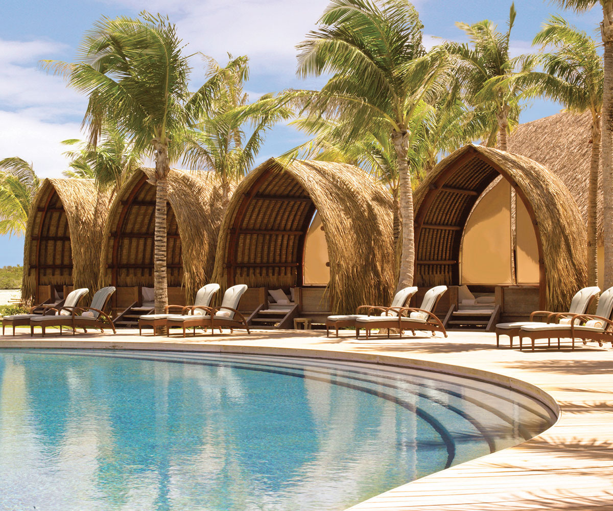 sejour-grand-luxe-a-bora-bora-la-perle-du-pacifique-four-season-piscine-e-tahiti-travel