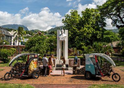 Découverte de Papeete en E-Tuktuk ou E-Trotinette!