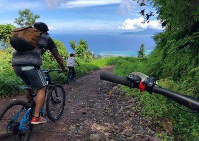 Découverte de Tahiti…ou Moorea! en E-Bike